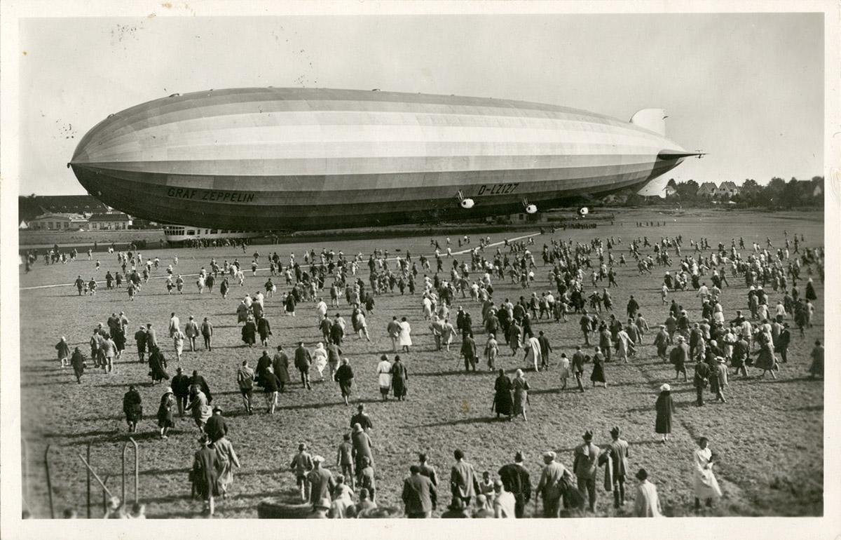 Z_01 - sterowiec Graf Zeppelin w locie do Gdańska